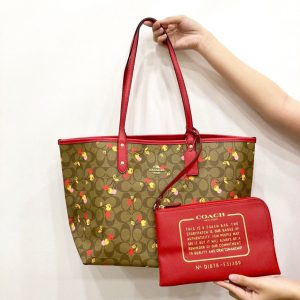 SHOPPER C0ACH CHERRY